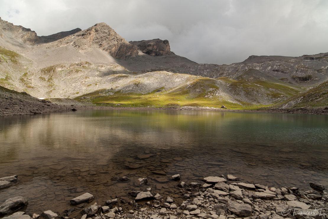 "Le lac de Derrière-la-Croix  |  1/25 s à f/9,0 - 100 ISO - 21 mm  |  31/08/2013 - 15:01  |  44°21'56"" N 6°52'28"" E  |  2446 m"
