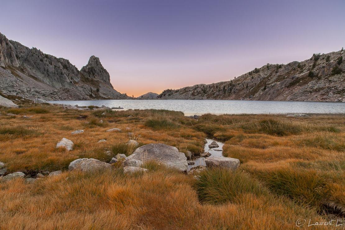 "Prairie du lac Nègre  |  1/4 s à f/11 - 100 ISO - 21 mm  |  09/09/2012 - 07:06  |  44°9'41"" N 7°14'8"" E  |  2353 m"