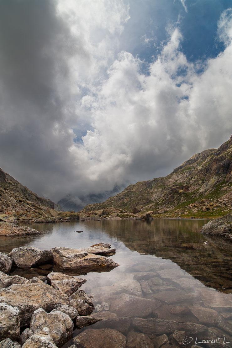"""Ambiance sur le lac Niré     1/60 s à f/9,0 - 100 ISO - 21 mm     24/06/2012 - 15:44     44°6'2"""" N 7°25'0"""" E     2382 m"""