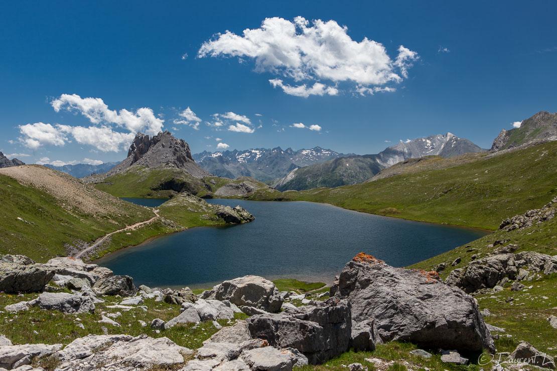 "Eté sur le lac de Roburent  |  1/50 s à f/9,0 - 100 ISO - 34 mm  |  07/07/2016 - 13:32  |  44°25'33"" N 6°56'7"" E  |  2480 m"