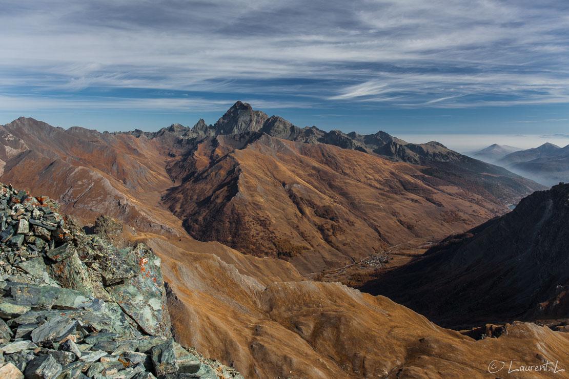 """De la Tête des Toillies, vue sur le mont Viso     1/100 s à f/8,0 - 100 ISO - 24 mm     01/11/2017 - 12:55     44°39'19"""" N 6°56'54"""" E     3175 m"""